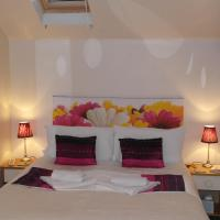 Double Room - Ensuite with Bath