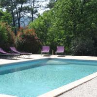 Hotel Pictures: Bastide Saint Bernard, Le Thoronet