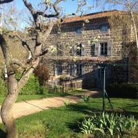 Hotel Pictures: Les Jardins d'Anna - Chambres d'hôtes, Tapon