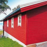 Four-Bedroom Holiday home in Vestnes