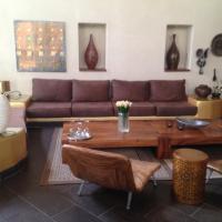Hotel Pictures: Picasso House, Sámara