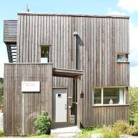 Four-Bedroom Holiday home in Søndeled 1