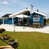 Hotel Pictures: Three-Bedroom Holiday home in Præstø, Togeholt