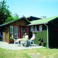 Hotel Pictures: Three-Bedroom Holiday home in Roslev 1, Flovtrup