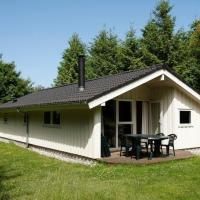 Hotel Pictures: Three-Bedroom Holiday home in Farsø 3, Ertebølle
