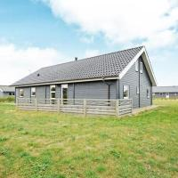 Hotel Pictures: Three-Bedroom Holiday home in Tarm 2, Hemmet