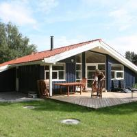 Hotel Pictures: Three-Bedroom Holiday home in Slagelse 4, Venemose