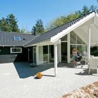 Hotel Pictures: Three-Bedroom Holiday home in Græsted 1, Udsholt Sand