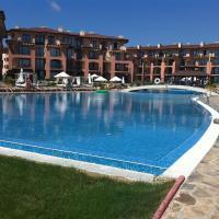 Hotel Pictures: Kaliakria Pool Side Apartment, Topola