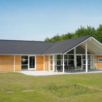 Hotel Pictures: Four-Bedroom Holiday home in Toftlund 7, Arrild