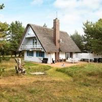 Hotel Pictures: Two-Bedroom Holiday home in Vejers Strand 3, Vejers Strand
