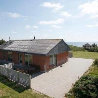 Hotel Pictures: Three-Bedroom Holiday home in Struer 4, Struer