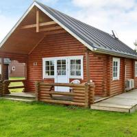 Hotel Pictures: Two-Bedroom Holiday home in Hovborg 3, Hovborg