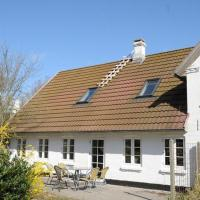 Hotel Pictures: Two-Bedroom Holiday home in Ribe 1, Ribe