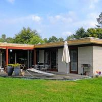 Hotel Pictures: Three-Bedroom Holiday home in Glesborg 26, Fjellerup