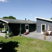 Hotel Pictures: Four-Bedroom Holiday home in Hadsund 16, Haslevgårde
