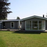 Hotel Pictures: Three-Bedroom Holiday home in Kirke Hyllinge 2, Kirke-Hyllinge