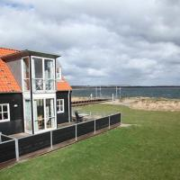 Hotel Pictures: Two-Bedroom Holiday home in Juelsminde 3, Juelsminde