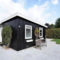 Hotel Pictures: Three-Bedroom Holiday home in Malling 1, Ajstrup