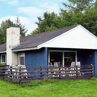 Hotel Pictures: Three-Bedroom Holiday home in Toftlund 23, Arrild