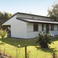 Hotel Pictures: Three-Bedroom Holiday home in Toftlund 26, Arrild