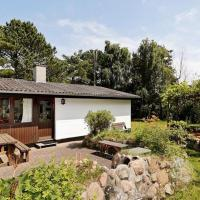 Hotel Pictures: Two-Bedroom Holiday home in Jægerspris 3, Hornsved