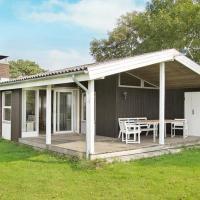 Hotel Pictures: Three-Bedroom Holiday home in Egernsund 7, Egernsund