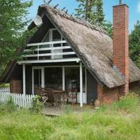Hotel Pictures: Two-Bedroom Holiday home in Ørsted 4, Kare