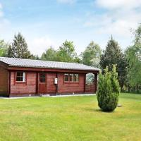 Hotel Pictures: Two-Bedroom Holiday home in Bording 2, Bording Stationsby