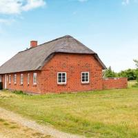 Hotel Pictures: Four-Bedroom Holiday home in Ulfborg 8, Øhuse