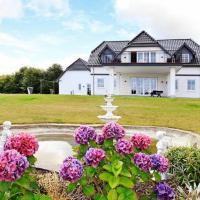 Hotel Pictures: Five-Bedroom Holiday home in Haderslev 2, Hejlsminde