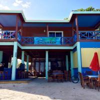 Hotelbilleder: Sandbar Beachfront Hostel & Restaurant, San Pedro