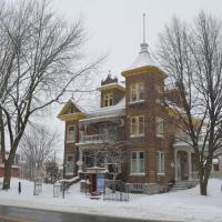 Hotel Pictures: Le 100 St-Laurent, Louiseville