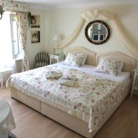 Hotel Pictures: Bed and Breakfast Im Röseligarten, Wolfhausen