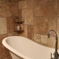 Superior Triple Room with bath & shower