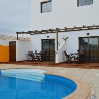 Hotel Pictures: Casa la Ermita, Máguez