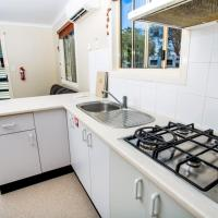 Standard Two-Bedroom Cabin with Shared Bathroom (6 Adults)