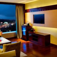 King Executive Suite with City View - Non-Smoking