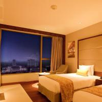 Deluxe King Room with City View-Smoking