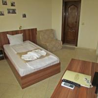Single Room with Balcony with Free Parking