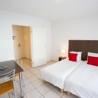 Studio with 2 Single Beds (1-2 Adults)