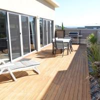 Hotel Pictures: 170 Hazards View - Unit 1, Coles Bay