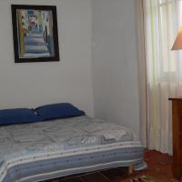 Hotel Pictures: Chambre d'hôtes Les Bienvenus, Lagrasse