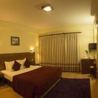 Superior Deluxe Double or Twin Room with Mountain View