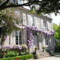 Hotel Pictures: Jardin Secret, Avranches