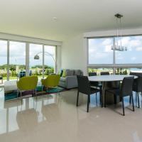 Three-Bedroom Apartment with Spa Bath