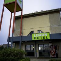 Hotel Pictures: Lemon Hotel - Yvelines Chanteloup Les Vignes, Chanteloup-les-Vignes