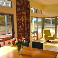 Hotel Pictures: A Dune Escape, Emu Bay