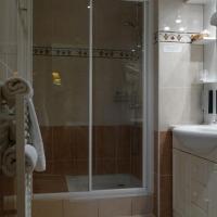 Standard Double Room - Shower