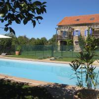 Hotel Pictures: Gites Le Roc, Bournazel